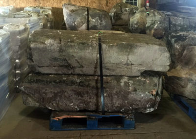 landscape-boulders-on-pallet-for-sale_products2